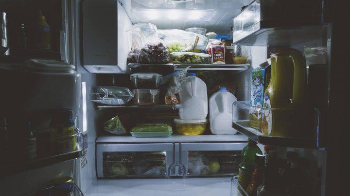 Nieprzyjemne zapachy w lodówce